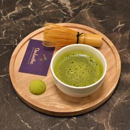 thé vert matcha bio et fouet