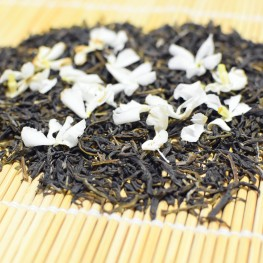 infusion fleurs jasmin sur thé